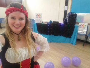 Pirate party entertainer Lou