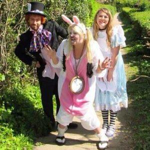 alice-in-wonderland-childrens-entertainer