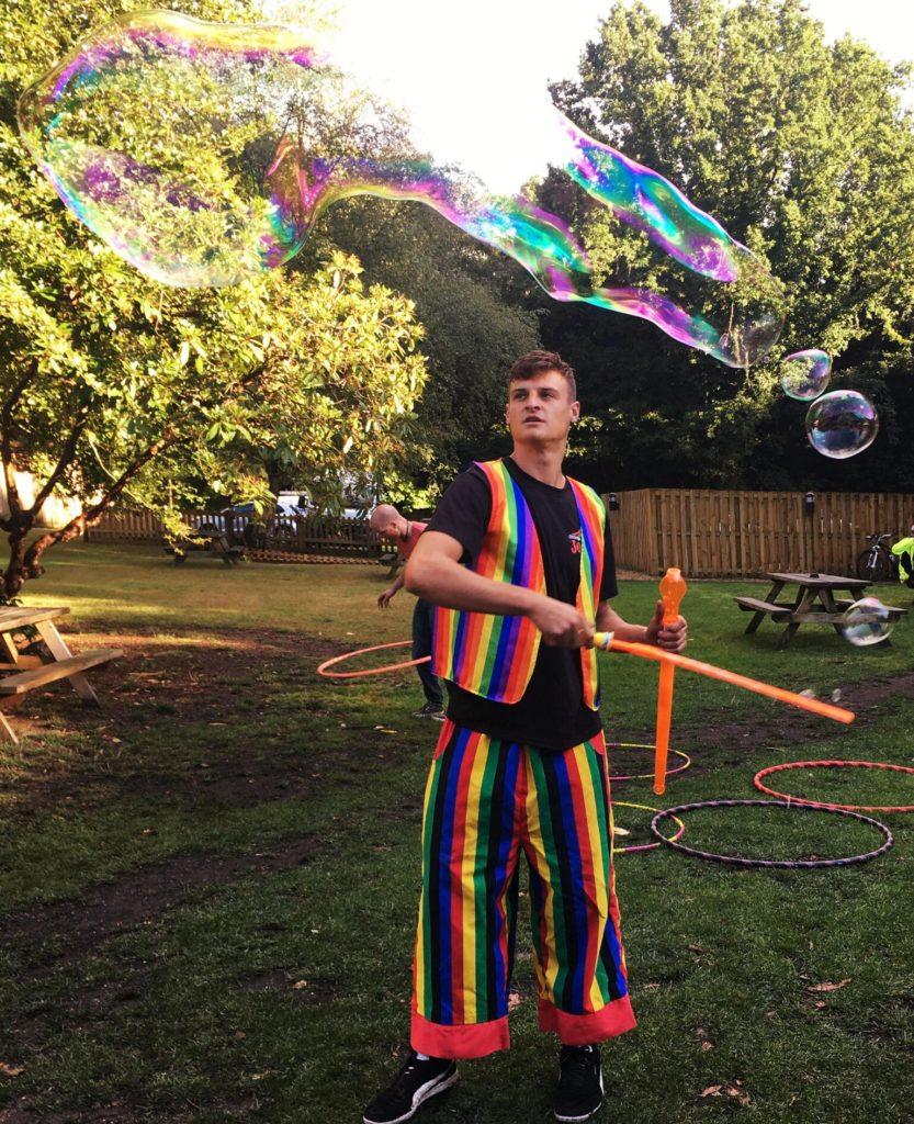 bubble-party-kids-entertainer